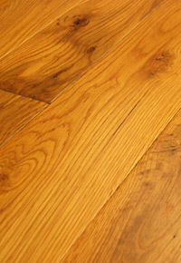 Rehmeyer Pioneer Collection: White Oak Flooring with Soft Edge