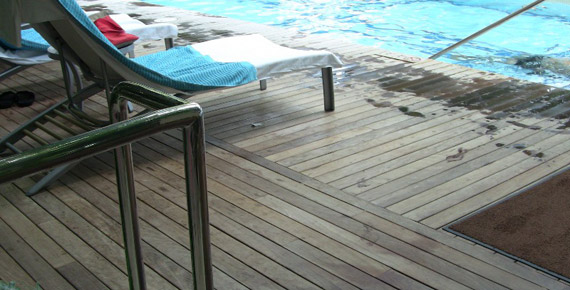 Ipe deck around a swimming pool